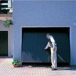 f-wisniowski-progress-reczna-brama-garazowa-ocieplona
